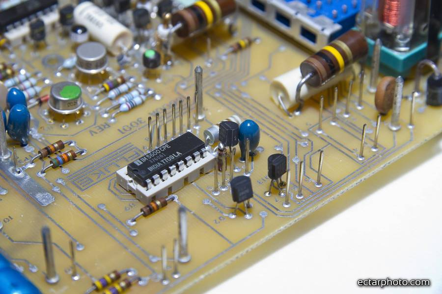 Fluke 8600A terdown and repair, bodges