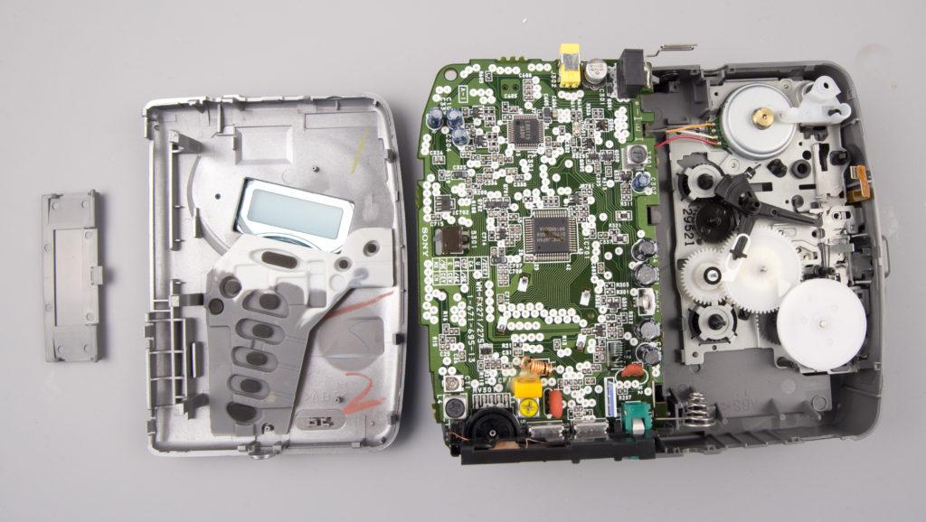 Sony Walkman WM FX271 disassembled