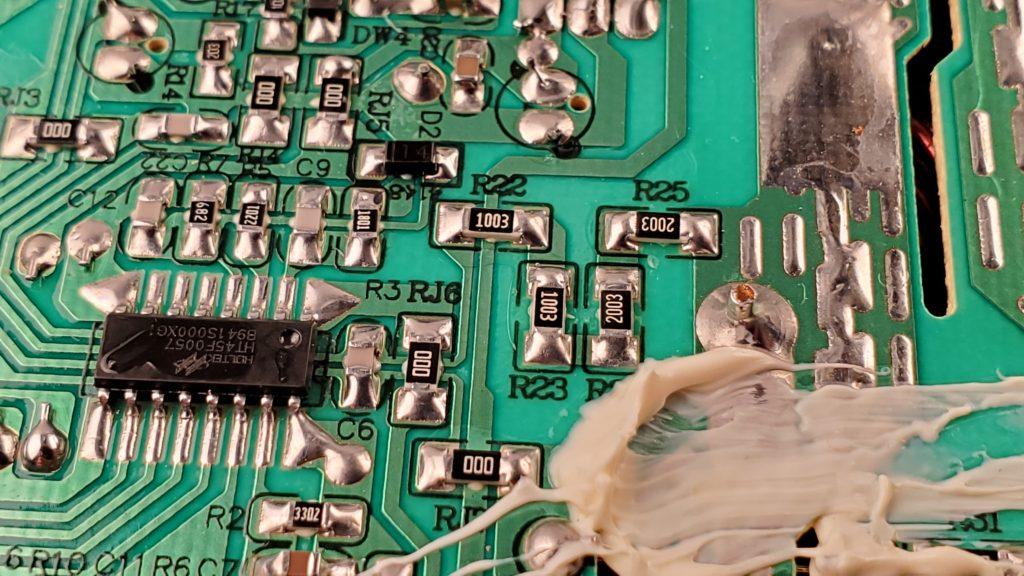 Main MCU Controlling inverter IGBT